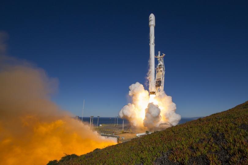 Lancering van Iridium NEXT satellieten halfweg